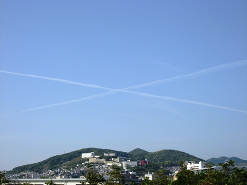 空に十字架②