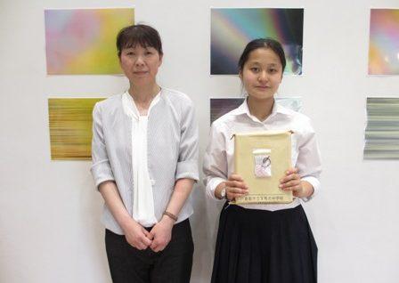 2018/5/24 倉敷の中学生から色とりどりの「せんそうほうき」