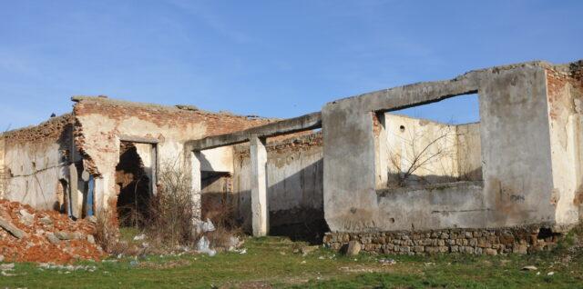 2021/9/25  写真展「KOSOVO 紛争のあとで」開催中